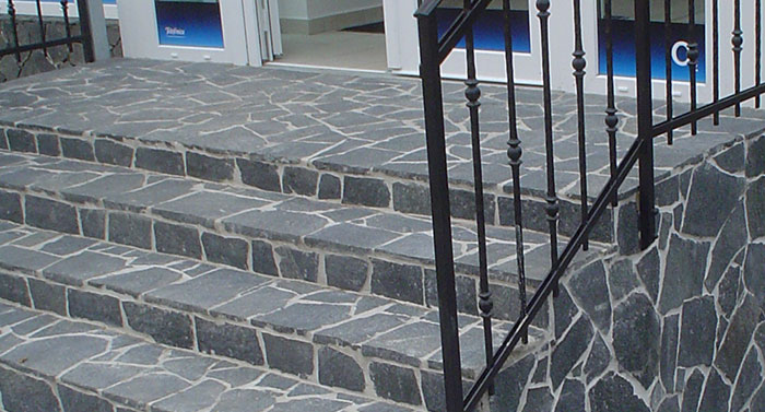 basalt polygonalplatten als treppe