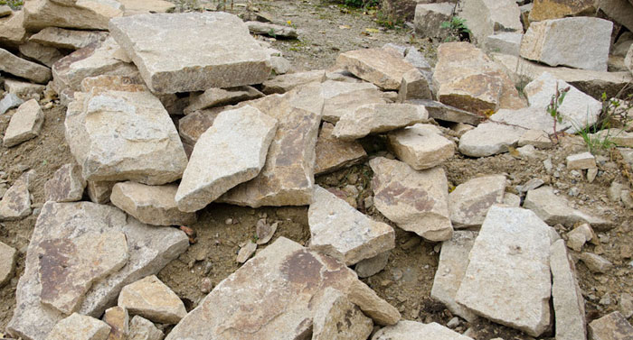 granit polygonalplatten stapel