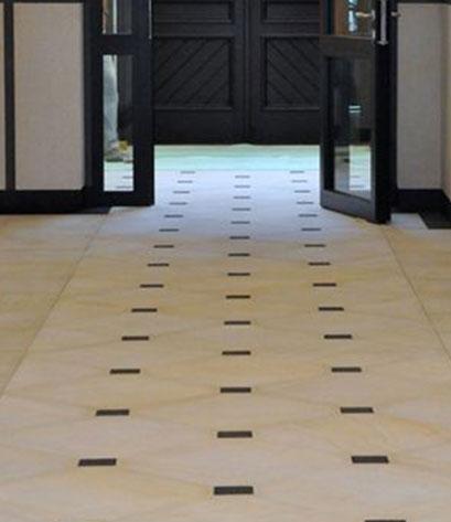 sandsteinplatten im eingangsbereich